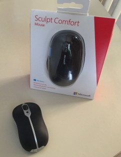 Microsoft Sculpt Comfort Bluetooth Mouse Unboxing 1
