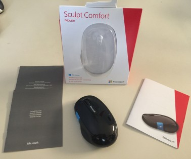 Microsoft Sculpt Comfort Bluetooth Mouse Unboxing 2